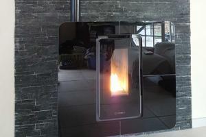 Poêle à granulés - Slimquadro 9 | ThermorossiFaible encombrement (seulement 29 cm) - Slimquadro 9 | Thermorossi